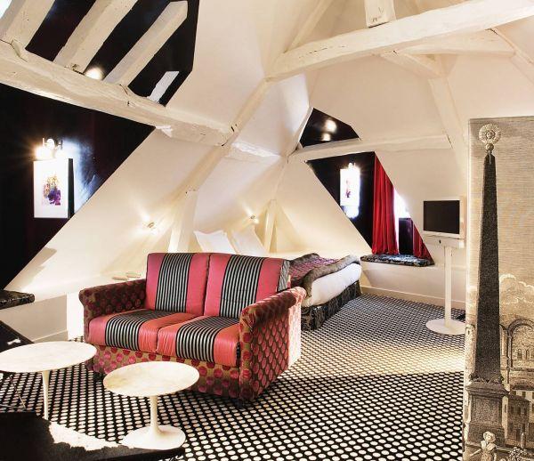 Inspiration Christian Lacroix pour une chambre à coucher