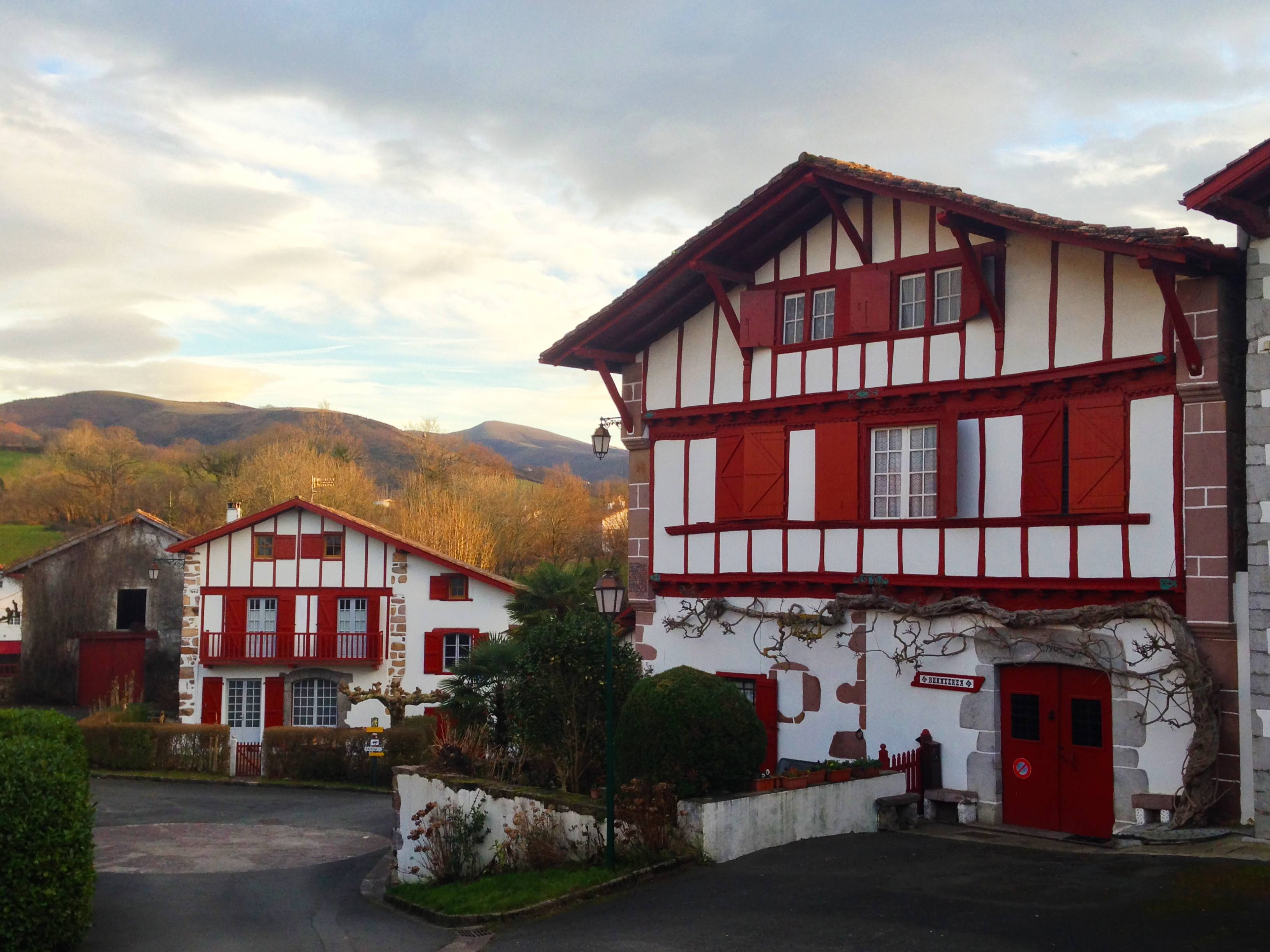 Préférence Caractéristiques d'une maison basque - Qu'est ce qu'une maison  IM14