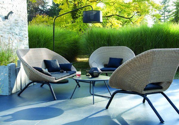 Invitation à la détente avec ce fauteuil en rotin - 18h39.fr