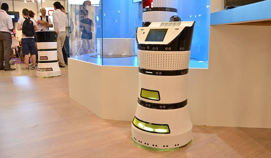 Le robot purificateur d'air DIYA présenté au salon Innorobo 2015.