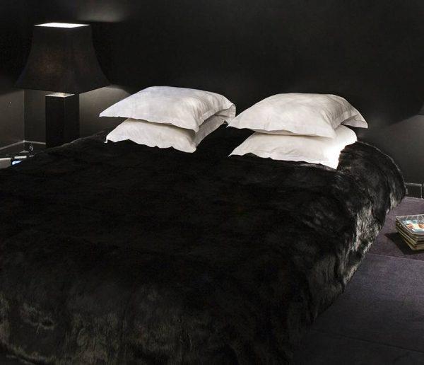 Faites de votre chambre un écrin noir
