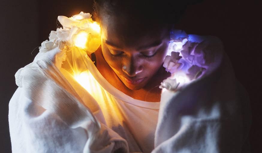 Avec Maase, les messages se lisent bien au chaud chez soi, enroulé dans une couverture.