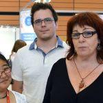 Véronique Aubergé entourée de son équipe du LIG, en juillet 2015 au salon Innorobot.