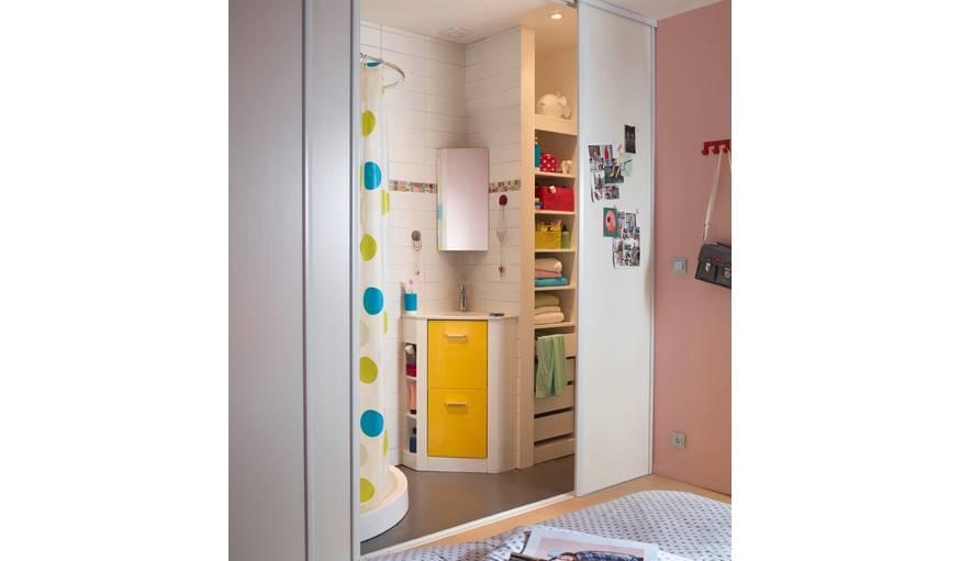 tre plus rapide dans la salle de bains gagner du temps le matin. Black Bedroom Furniture Sets. Home Design Ideas