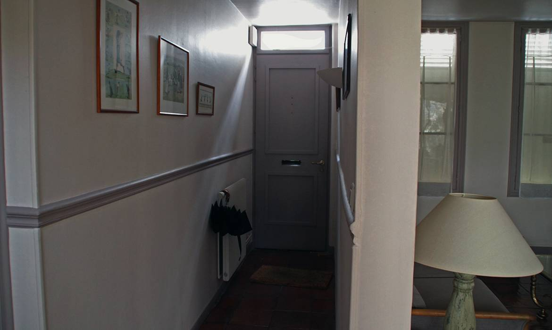 peindre son couloir peindre son couloir en couleur plainte mur et tapis sejour moderne beau les. Black Bedroom Furniture Sets. Home Design Ideas