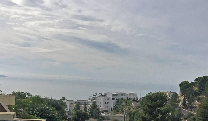 Marseille, la mer et un rayon de soleil, le 25 octobre.