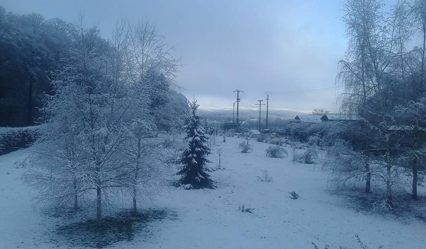 Premières neiges à Moimay (Haute-Saône), repérées le 23 novembre à 7h du matin.