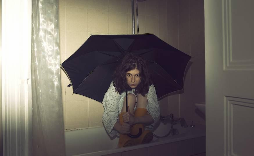 Solange - Ina dans sa baignoire.