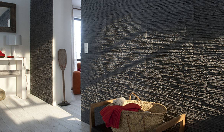 Idee Deco Pierre De Parement Interieur poser du lambris et des pierres de parement facilement