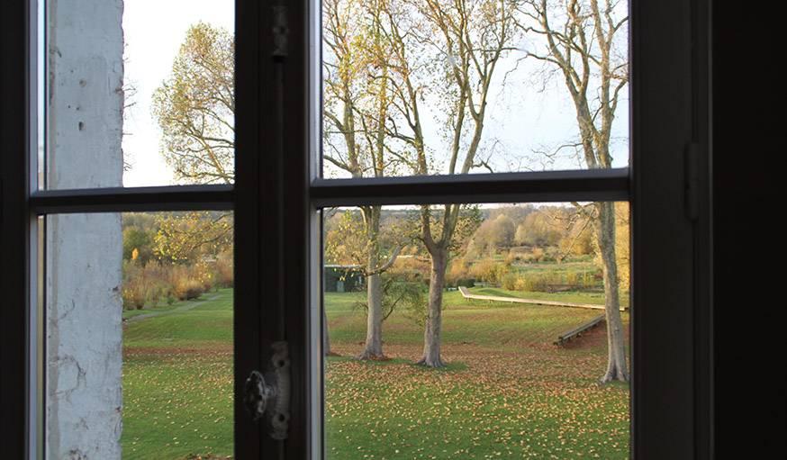 Vue prise depuis une fenêtre du familistère de Guise (Aisne), le 9 novembre.