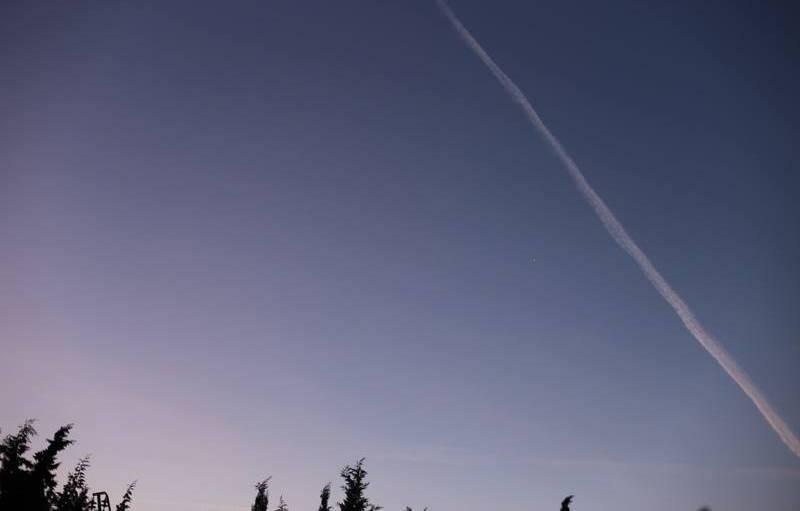 Le ciel appelle au voyage à Rognac (Bouches-du-Rhône), courant décembre.