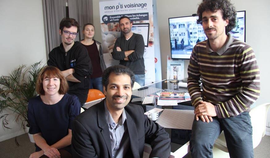 L'équipe de Mon P'ti Voisinage, David Rouxel au fond, au milieu.