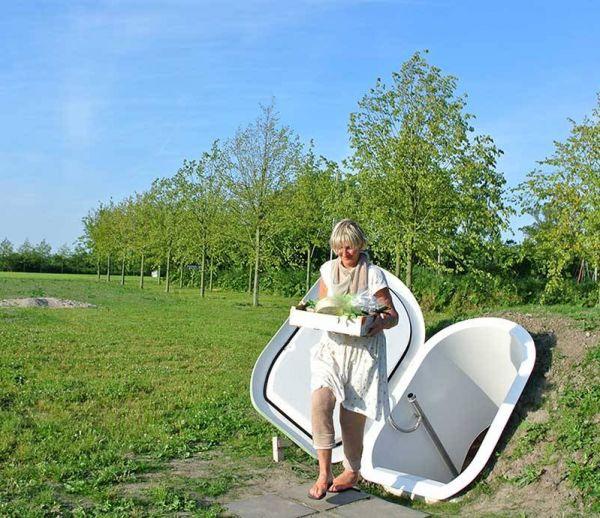 Un réfrigérateur enterré dans votre jardin