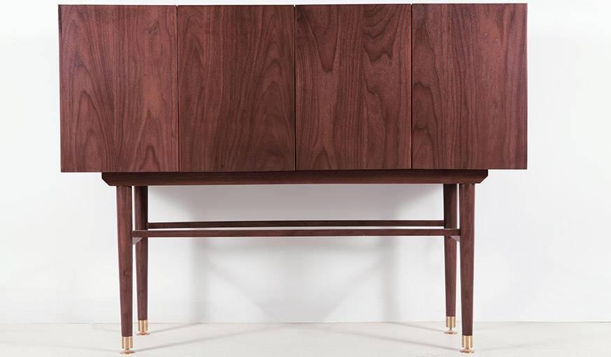 De l'extérieur, rien ne distingue ce cabinet... design mais sobre.
