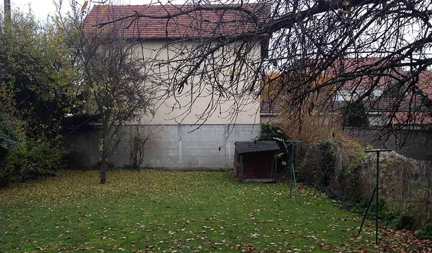 Le jardin lorsque la famille a emménagé.