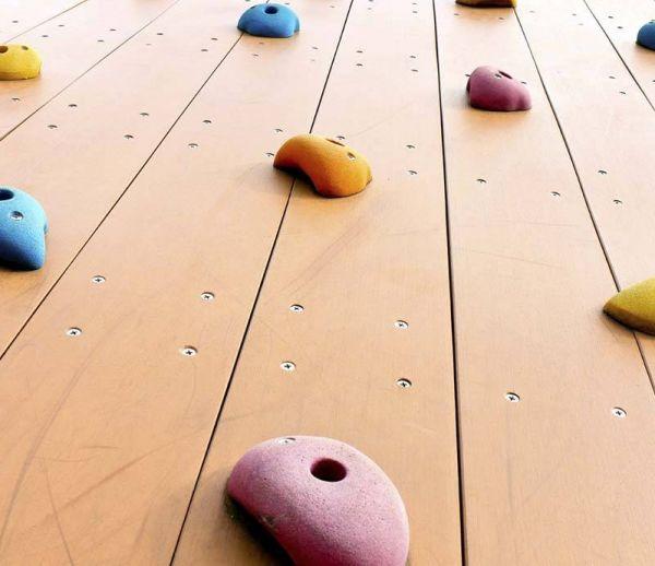 DIY : Fabriquer un mur d'escalade à la maison