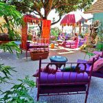 Une terrasse idéale pour célébrer la fête des couleurs.