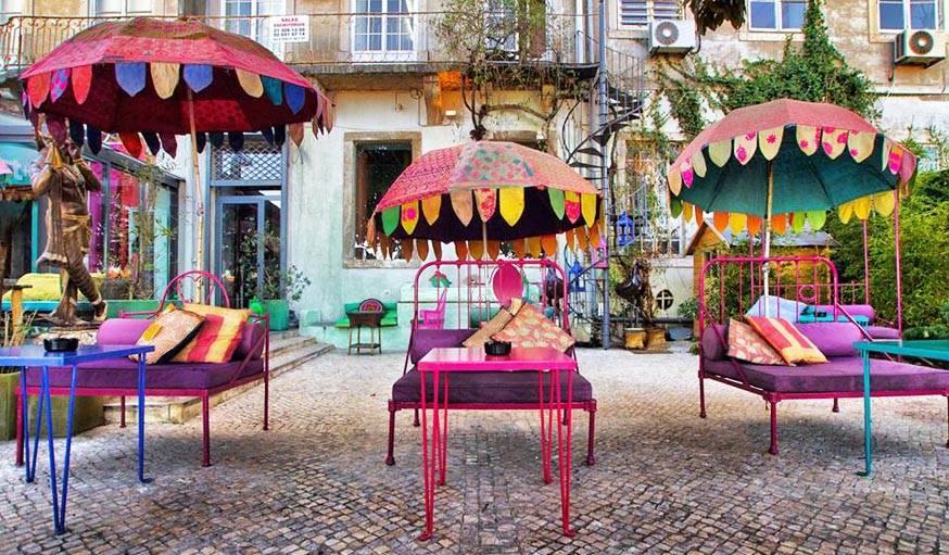 Les parasols parfaits pour une terrasse aux couleurs de l'Inde.