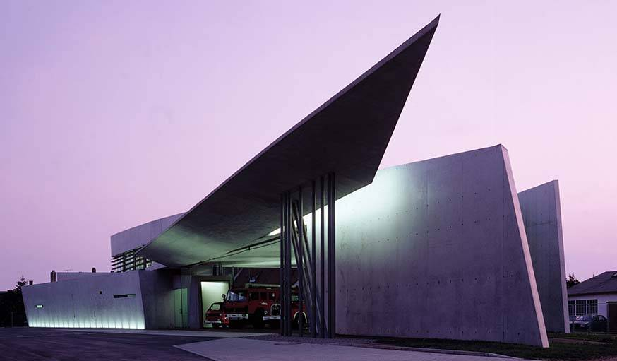 Vitra Fire Station, Weil am Rhein, Allemagne. Par Zaha Hadid.