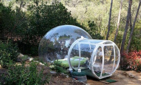 Dormir dans une bulle sous les étoiles dans le sud de la France