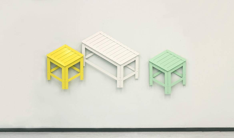 Du mobilier qui passe de la 3D à la 2D et se transforme en oeuvre d'art