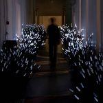 Daan Roosegaarde consacre son travail aux relations entre l'homme, la technologie et l'espace.