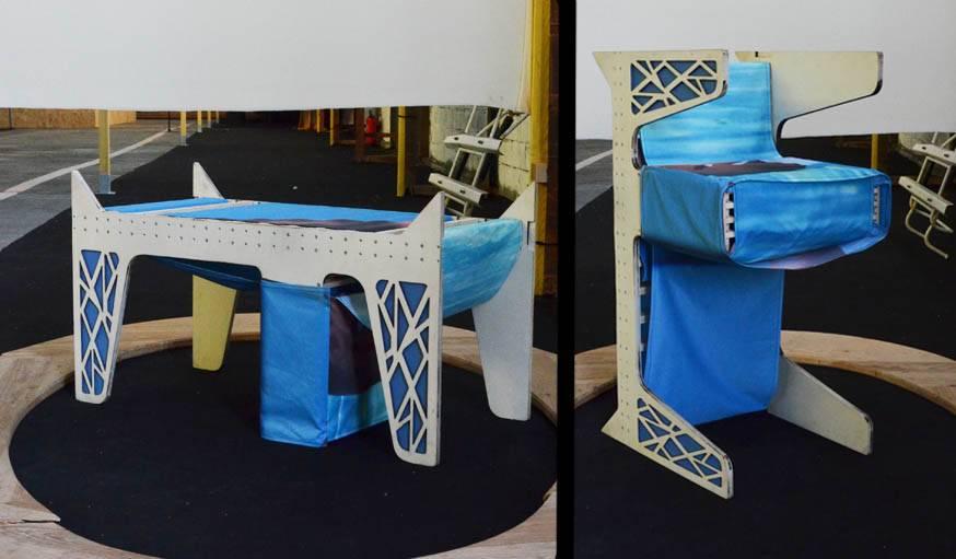 Les deux autres positions de l'assise : version banc, et version tabouret.