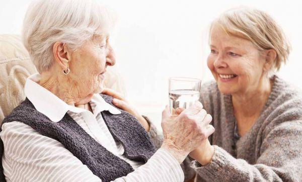 Alerte canicule : veillez sur vos voisins âgés
