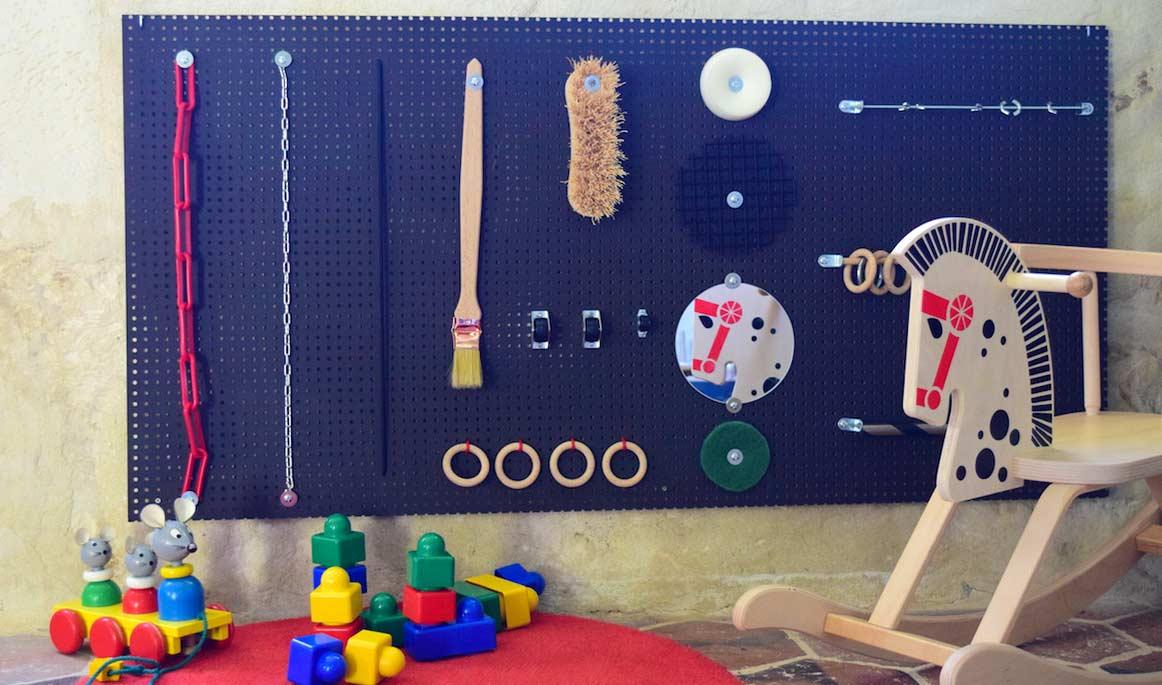 tutoriel diy fabriquer un jouet pour veiller les enfants. Black Bedroom Furniture Sets. Home Design Ideas