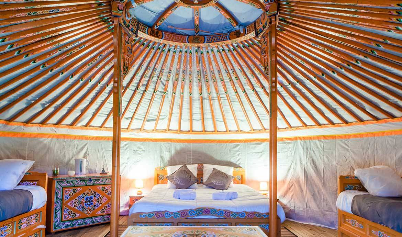dormir dans des endroits insolites en france logements originaux pour les vacances. Black Bedroom Furniture Sets. Home Design Ideas
