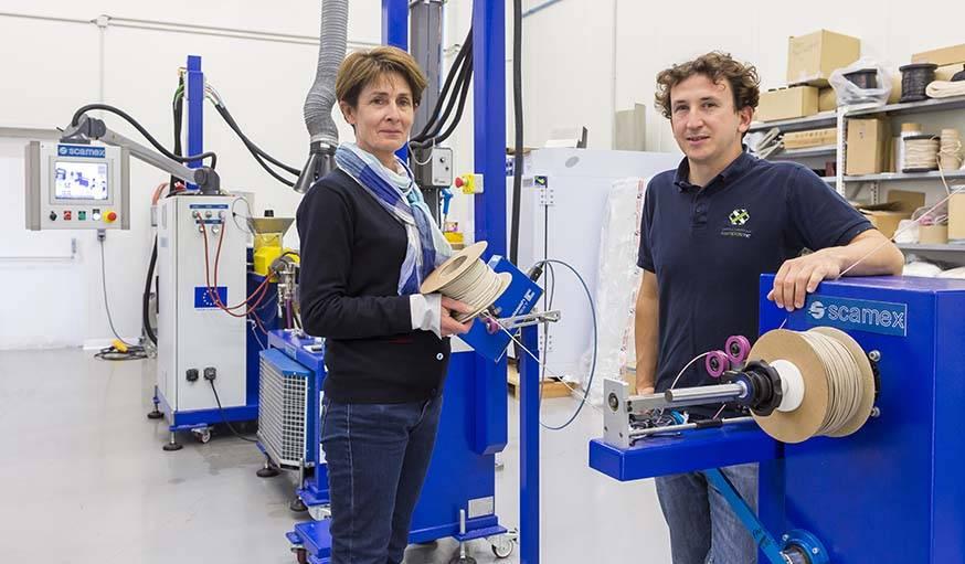 Martine Le Lu et Yves-Marie Corre au laboratoire ComposiTIC.