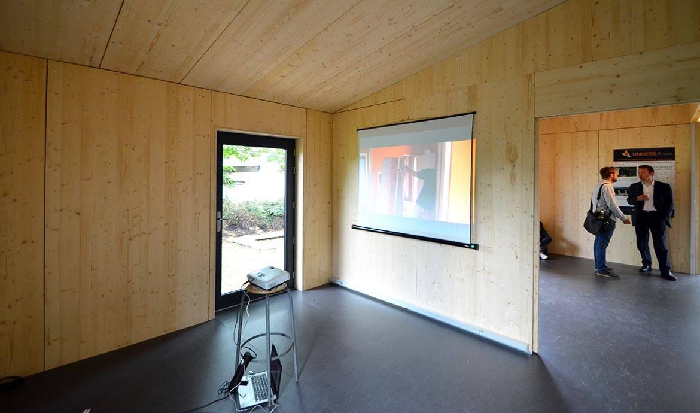 Intérieur de la maison modulable inaugurée à Vitry.