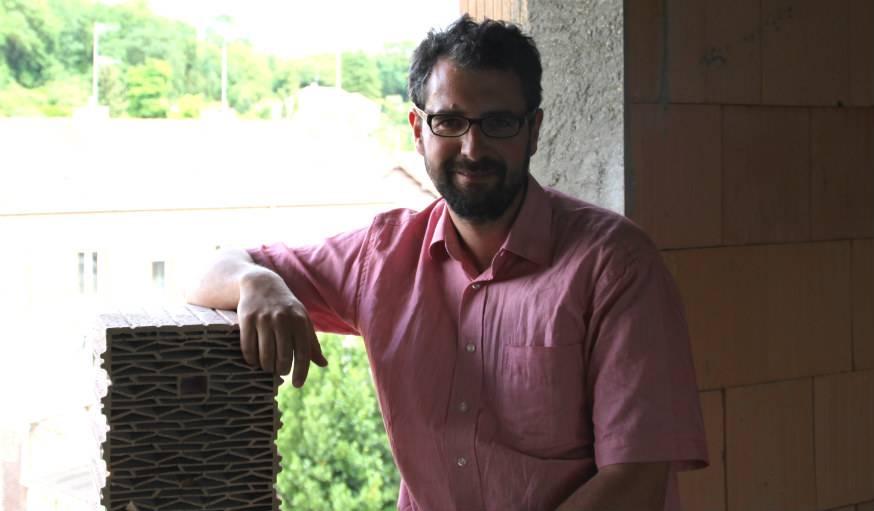 Martin Morgeneyer qui s'est lancé dans le projet de construire une maison passive depuis 2 ans.