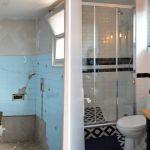 La salle de bains avant et après travaux.