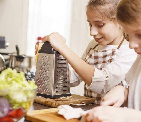 Enfants : aménager sa cuisine en s'inspirant de la pédagogie Montessori