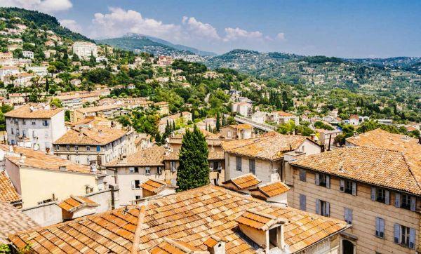 Et si vous emménagiez dans l'ancienne prison de Grasse ?