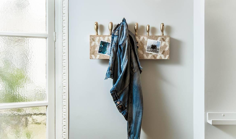 DIY : Fabriquez un portemanteau surprenant avec des tournevis