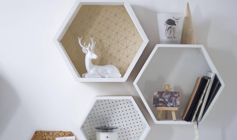 Diy fabriquer une tag re murale d coration murale hexagonale - Maison du monde etagere murale ...
