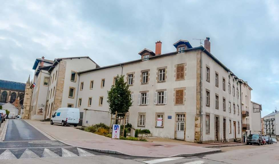 Un logement interg n rationnel s 39 implante en plein centre for Postuler maison du monde