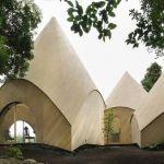 Ceci est une maison de retraite imaginée par l'architecte japonais Issei Suma.