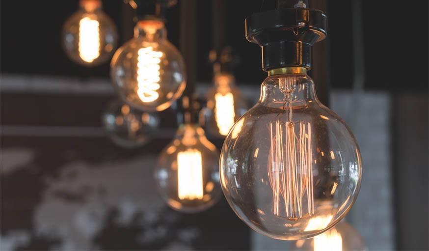 ampoule conomique led halog ne quelle ampoule choisir diff rence lumens watts. Black Bedroom Furniture Sets. Home Design Ideas