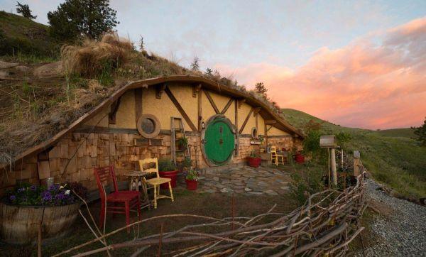 Passez la nuit dans cette authentique maison de Hobbit