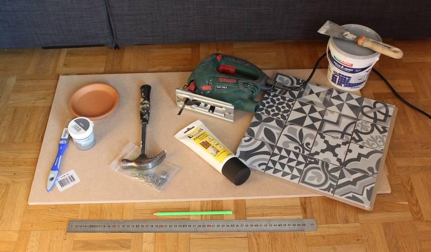 tuto diy fabriquer un cache pot avec des carreaux de. Black Bedroom Furniture Sets. Home Design Ideas