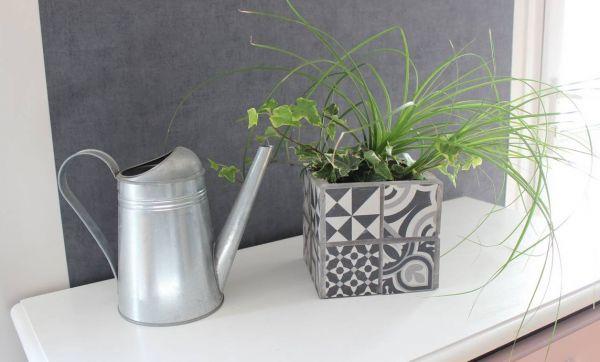 DIY : Fabriquez un cache-pot tendance en carreaux de ciment