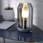 La lampe à poser COLOURS Crici et la suspension Kalymnos.