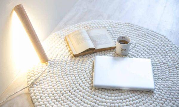 DIY : fabriquez une lampe en bois à poser design grâce à un pied de lit