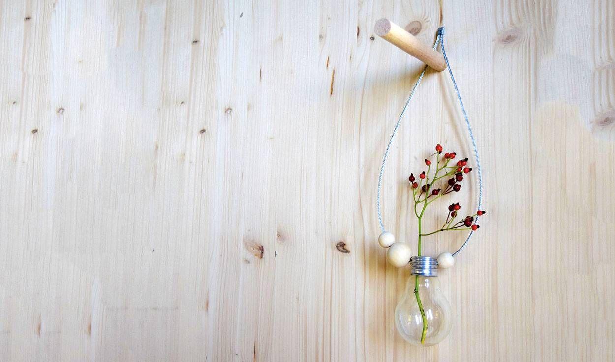 DIY : Une ampoule transformée en un joli soliflore