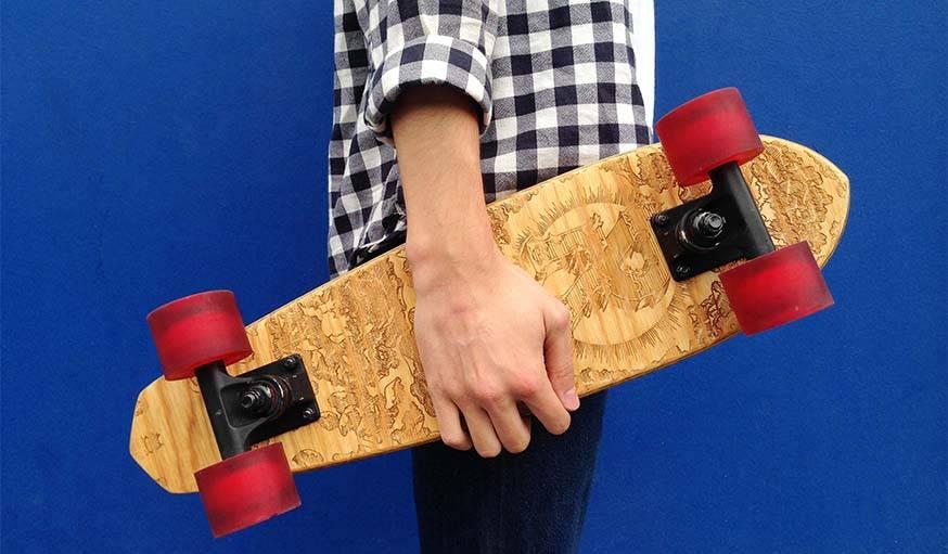 Le skateboard personnalisé.