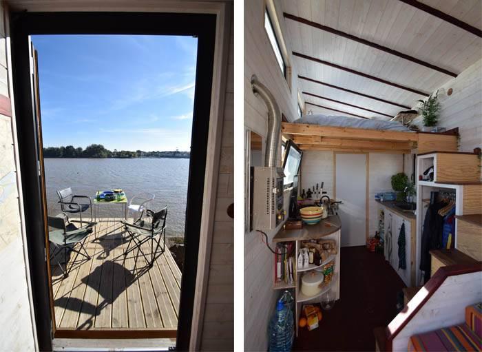 Devant la tiny house, une terrasse permet de profiter du soleil.