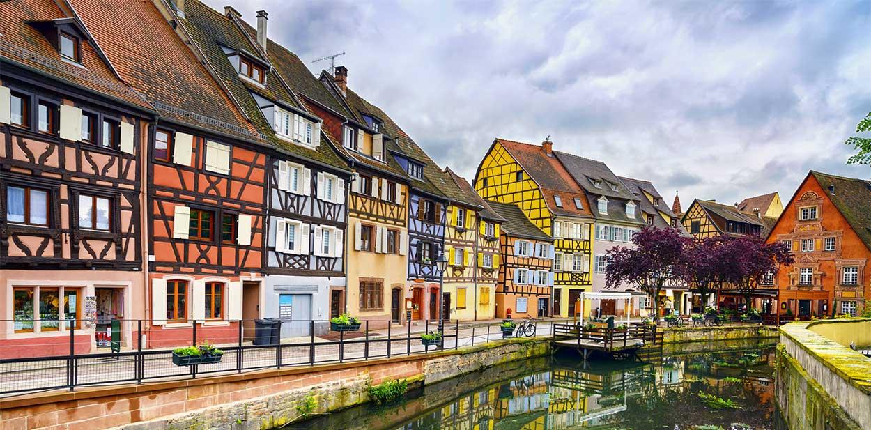 Les couleurs des maisons : un patrimoine régional   Jean Philippe
